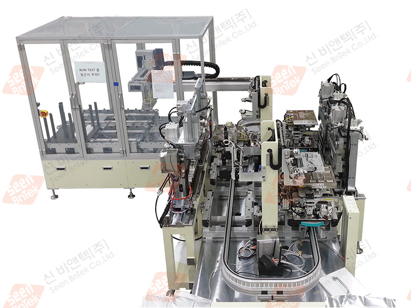 Cell Assembly Machine